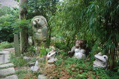 たぬき寺の軍人墓地 (8)