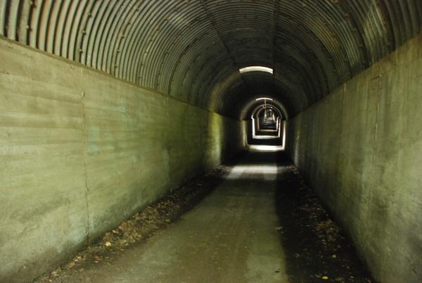 開聞トンネル (1)