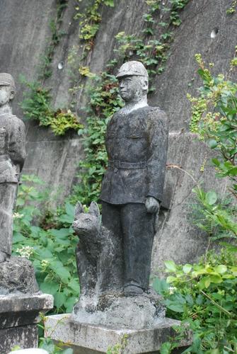 たぬき寺の軍人墓地 (19)