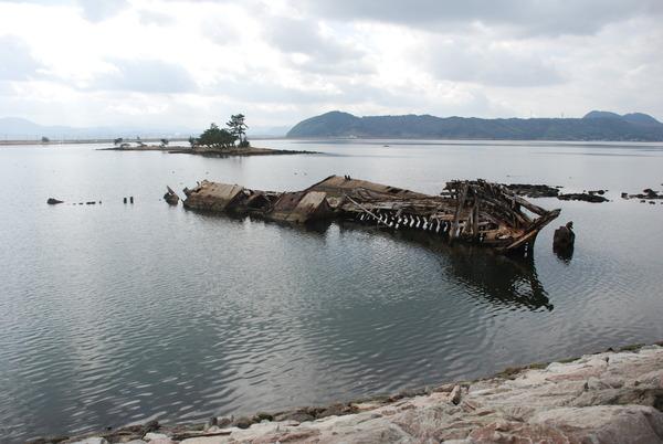 大根島の廃船 (1)
