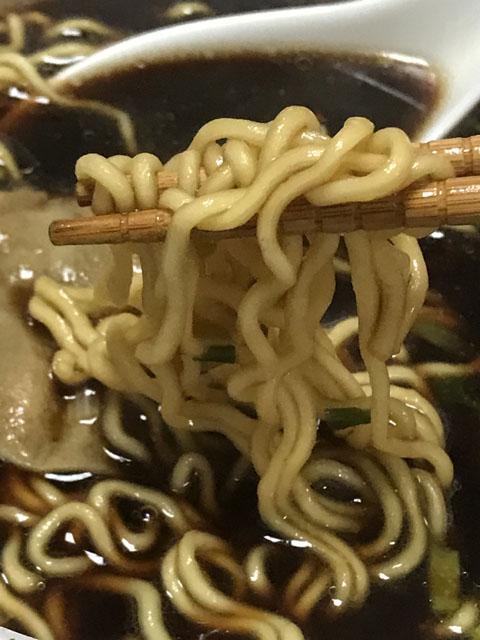 富山ブラックカップ麺