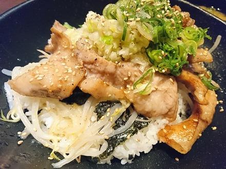 千年の宴 豚トロの葱塩スタミナ丼 04