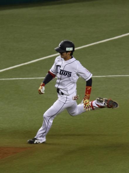 150415 vs楽天 金子侑司3塁打