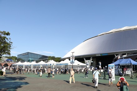 200811 vs楽天 ドーム前