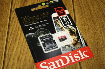 Sandisk SDSQXCY-128G-GN6MA 01