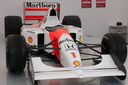 McLaren MP47A 01