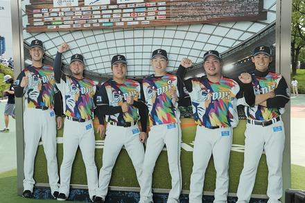 210713 メットライフドーム vs ロッテ 彩虹ユニ ボード