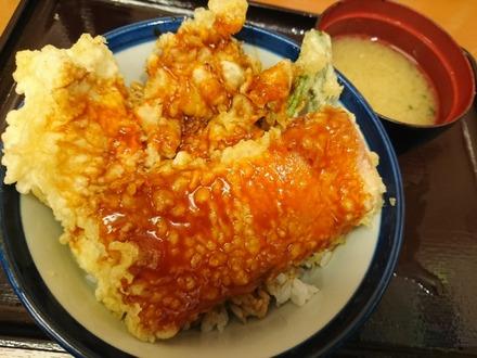 てんや ベーコン・チキン天丼01