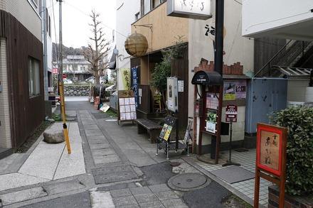 2003 鎌倉 甘処あかね 前の道