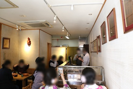 2003 浅草 宿六 店内