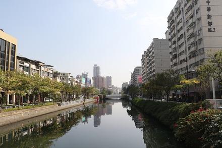 2002 台湾 高雄 三鳳宮 近くの幸福川