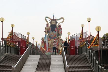 2002 台湾 高雄 蓮池潭 玄天上帝像002