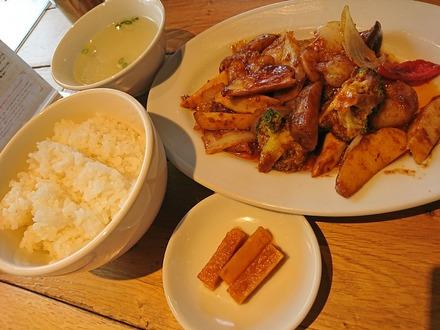 中野 威南記 海南鶏飯 海老のBBQソース炒め02