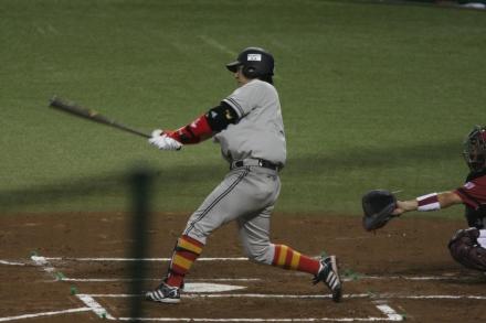 110816 vs楽天 ナカジ安打