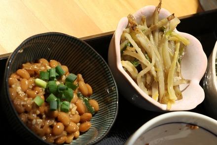 篠崎 オーガニックカフェ・ラムノ ランチの小鉢02