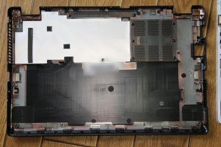 VAIO S11 SSD交換 分解 06