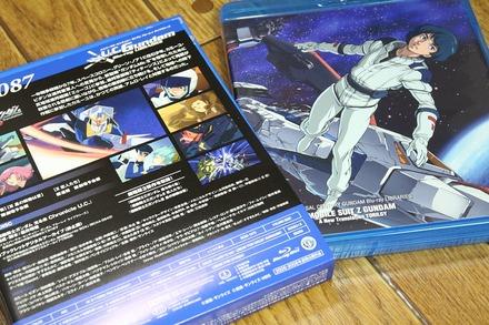 UCガンダムBlu-rayライブラリーズ 劇場版 機動戦士Ζガンダム 02