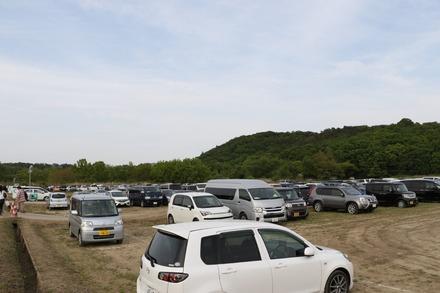 170503 あしかがフラワーパーク 臨時駐車場