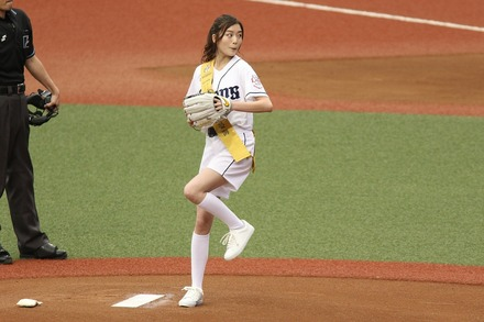 180603 vs阪神 蜂谷晏海 始球式 01