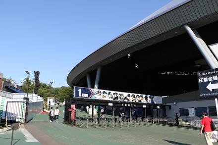200811 vs楽天 入場ゲート