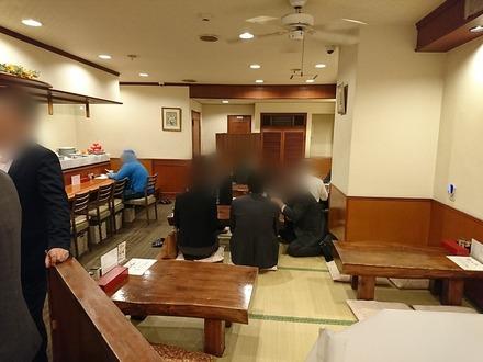 仙台 牛たん料理 閣 ブランドーム店 店内