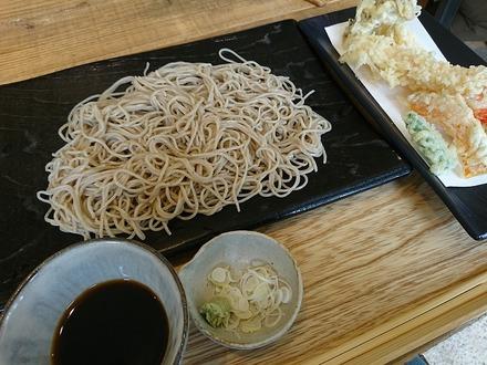 恵比寿初代 鷺沼店 上天ぷらそば切り 01
