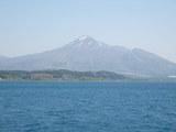 猪苗代湖から見た磐梯山