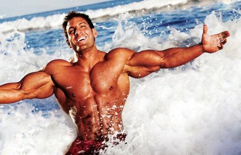 bodybuilding-memorial-day-summer-muscle-212213