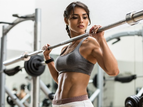 Fitness-girl-gym-hands-look-sport_1920x1440