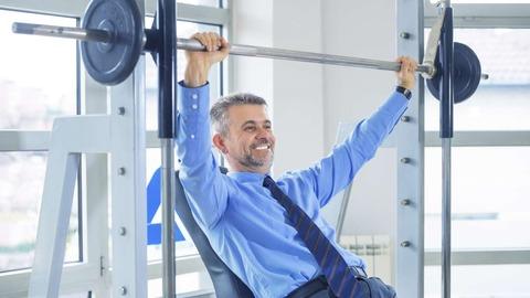 businessman_at_gym_bluegame