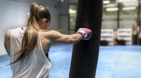 woman-boxing-1109