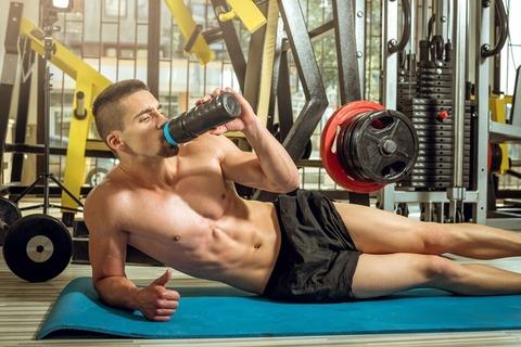 筋トレした後30分以内に食わないと筋肉がつかないとかいう謎理論wwwwwwwwww