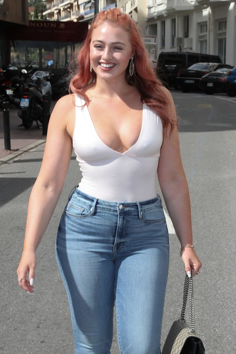 iskra-lawrence-out-in-cannes-05-14-2018-9