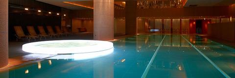 Grand-Hyatt-Tokyo-P504-Nagomi-Spa-and-Fitness-Pool-1280x427