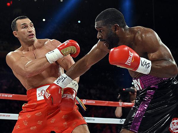筋肉速報                          日本人ってボクシングの世界王者一杯いるけど、たまにはムキムキ黒人や白人とも戦えよwwwww                        コメント