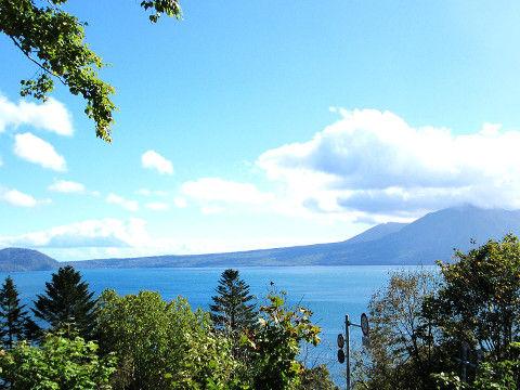 支笏湖展望台から見た支笏湖
