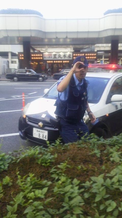 高崎駅前パトカー2