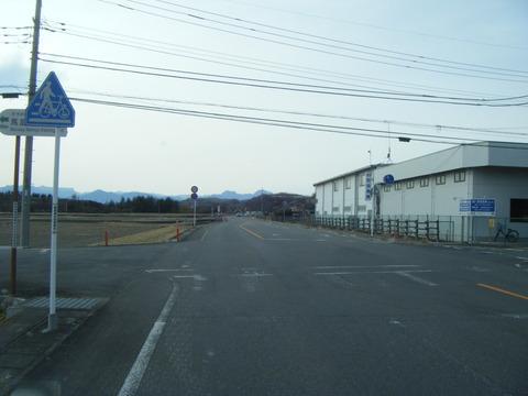 高崎警察は歩行者保護などどこ吹く風だ