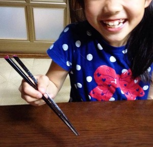 子供の箸と持ち方。