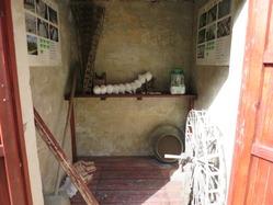 3蚕博物館内部