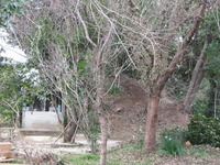 中園古墳墳丘と観音祠