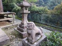 8高樹社狛犬