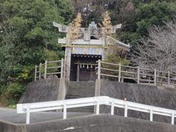 1愛宕神社を見上げる