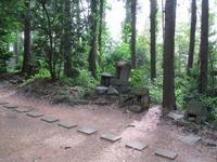 蘿神社3石祠