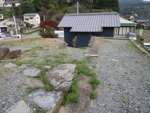 4富松神社拝殿後ろと三町内公民館