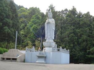 6祥雲寺大観音立像