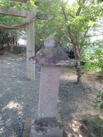 黒山厳嶋神社2石塔