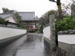 1雲乗寺山門、参道、本堂