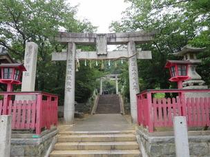 3須賀神社正面一鳥居と二の鳥居