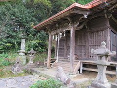 11高樹社拝殿前部